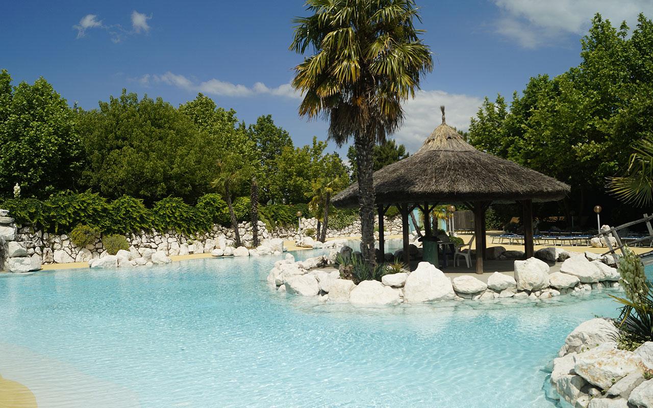 Tahiti camping thermae bungalow park village for all - Bagno tahiti lido delle nazioni ...
