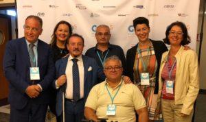 Il folto gruppo di professionisti e tecnici del turismo accessibile assieme all'On. Zoccano ViceMinistro Politiche della Famiglia e Disabilita'